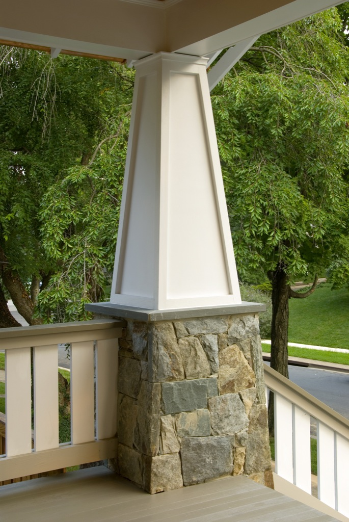 Winslow Tapered Column