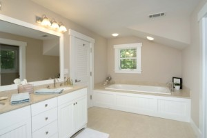 Bungalow-Master-Bathroom